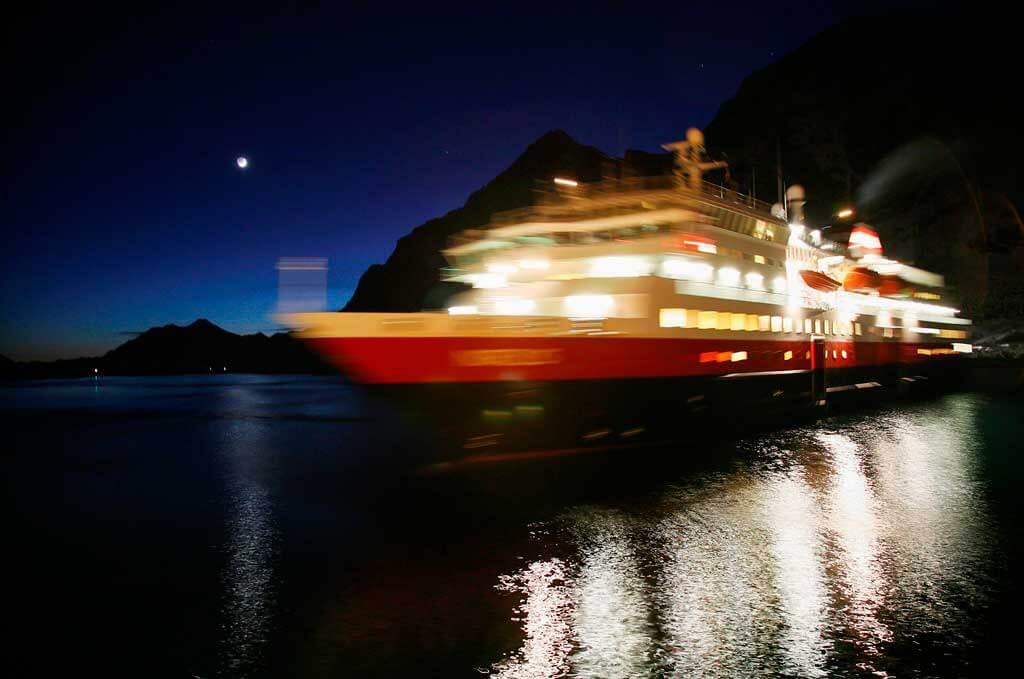 Kreuzfahrtschiffe, die täglich Servietten verlieren - und damit Plastik